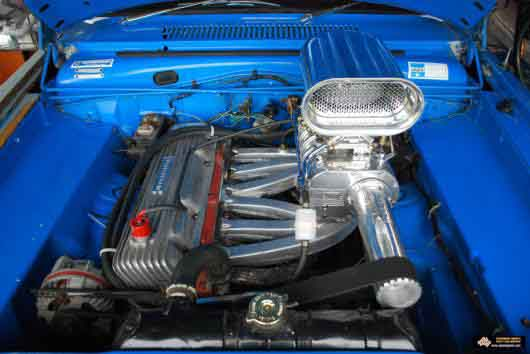 Supercharged Slant Valiant Aussiespeed Manifold Lr on Hemi V6 Cylinder Engine